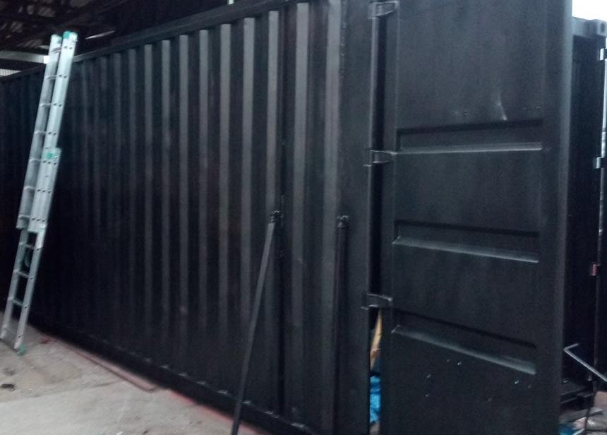 Výstavní stánek s terasou